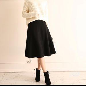 Dresses & Skirts - wool shell midi A line skirt
